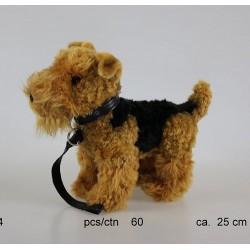 Pies terier ze smyczą 25cm